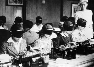 vintage-typewriting-class